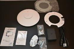 Ubiquiti Networks UAP-AC-PRO UniFi Access Point 5GHz/2.4GHz