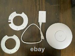 Ubiquiti Networks UniFi HD UAP-AC-HD 1000Mbps Access Point with POE Injector