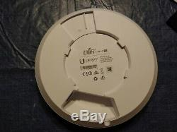 Ubiquiti UniFi UAP-AC-LR Wireless Access Point With PoE Injector, Mounting Plate